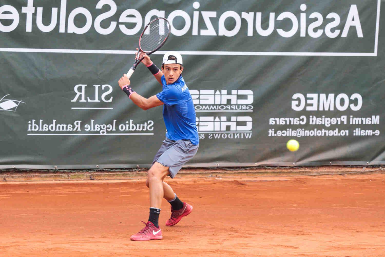 Qui est considéré comme le meilleur joueur de tennis de tous les temps ?